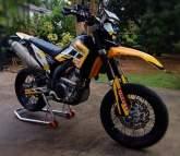 Yamaha WR250R Motorbike