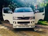 Toyota Hiace KDH Super GL