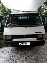 Mitsubishi L300 van for sale