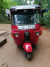 Bajaj Three Wheel for Sale